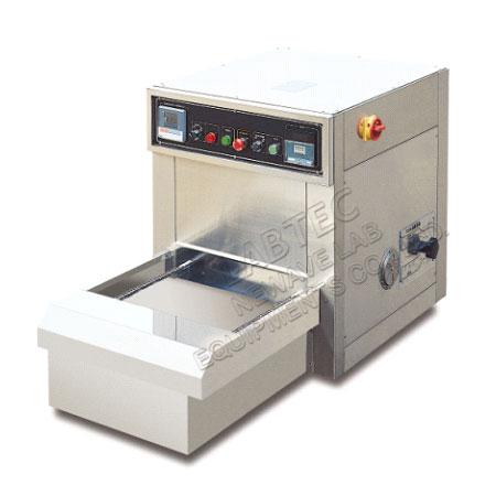 Laboratory Equipment - M-3-B